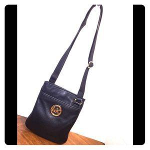 Michael Michael Kors Black Leathery Crossbody Bag
